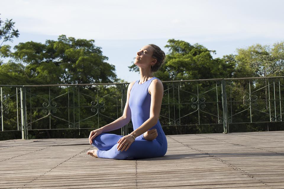 A importância da respiração no controle da ansiedade.